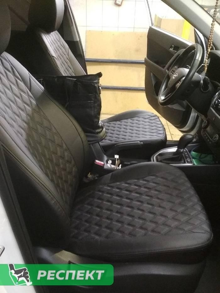 Черные авточехлы из экокожи на Hyundai Creta 2018г. с дизайном 'двойные ромбы' и двойной декоративной строчкой производства Респект