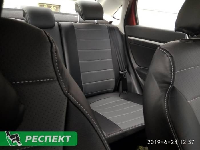 Черно-серые авточехлы из экокожи на Lada Vesta 2019г. с дизайном 'обычный' и одинарной декоративной строчкой серыми нитками производства Респект