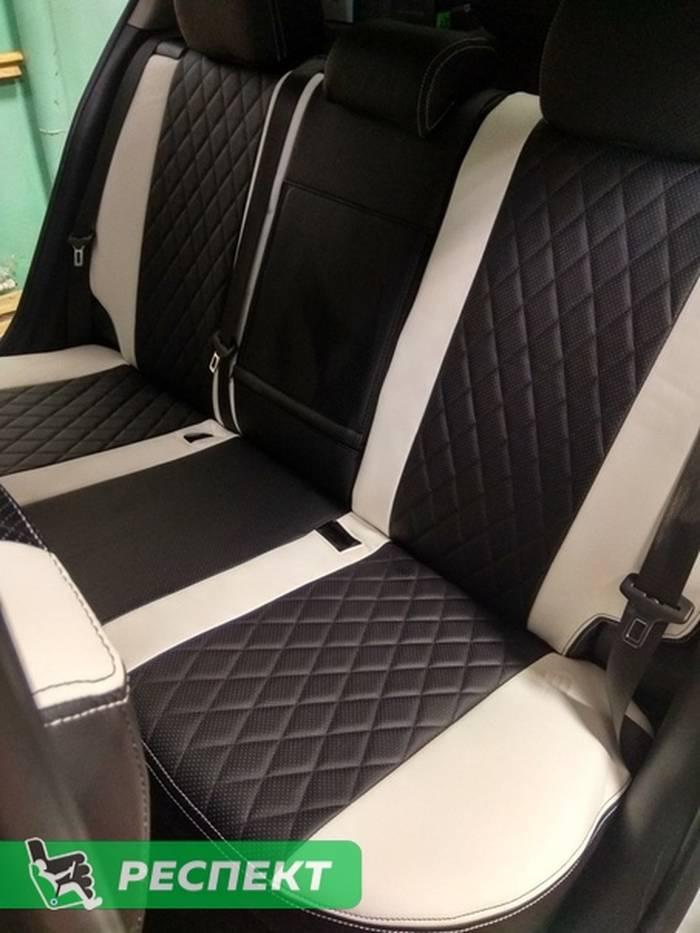 Черно-белые авточехлы из экокожи на Chevrolet Cruze 2015г. с дизайном 'ромбы' и двойной декоративной строчкой производства Респект