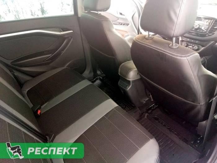 Черно-серые авточехлы из экокожи на Lada Vesta 2020г. с дизайном 'обычный' и двойной декоративной строчкой производства Респект