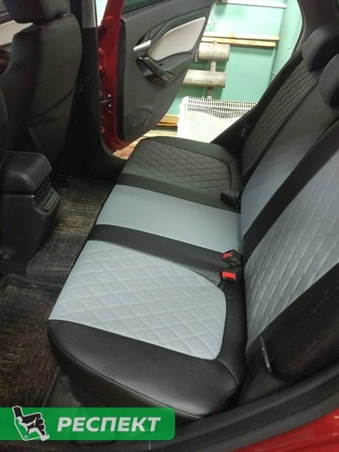 Черно-серые авточехлы из экокожи на Lada Vesta 2019г. с дизайном 'ромбы' без декоративных строчек производства Респект