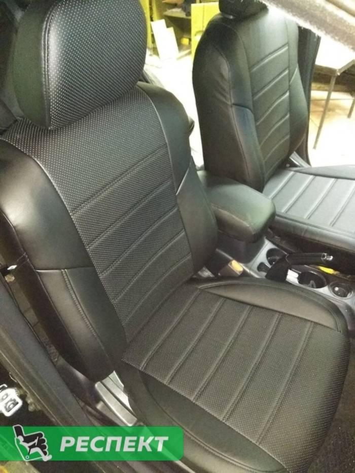 Черные авточехлы из экокожи на Mitsubishi Outlander 2012г. с дизайном 'двойные горизонтальные полосы' без декоративных строчек производства Респект