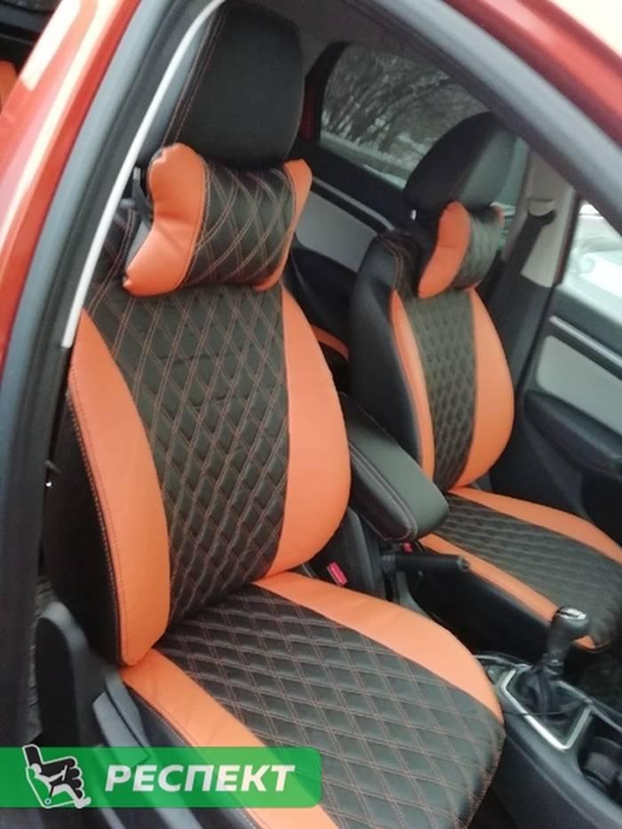 Черно-оранжевые авточехлы из экокожи на Lada Vesta 2019г. с дизайном 'двойные ромбы' и двойной декоративной строчкой производства Респект