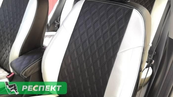 Черно-белые авточехлы из экокожи на Kia Rio 2019г. с дизайном 'двойные ромбы' и двойной декоративной строчкой производства Респект