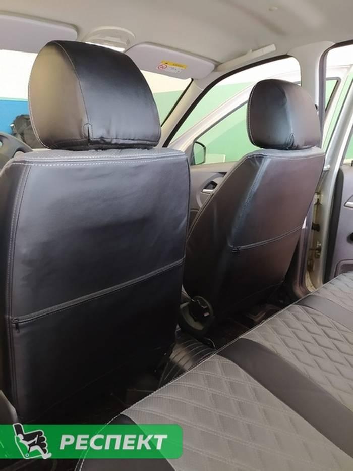 Черно-серые авточехлы из экокожи на Lada Granta FL 2020г. с дизайном 'двойные ромбы' и двойной декоративной строчкой производства Респект
