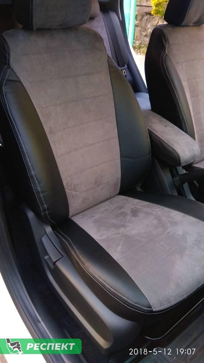 Черно-серые авточехлы из экокожи на Lada Vesta 2017г. с дизайном 'обычный' и двойной декоративной строчкой серыми нитками производства Респект