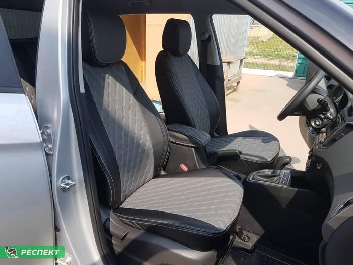 Черно-серые авточехлы из экокожи на Hyundai Creta 2018г. с дизайном 'двойные ромбы' и двойной декоративной строчкой белыми нитками производства Респект
