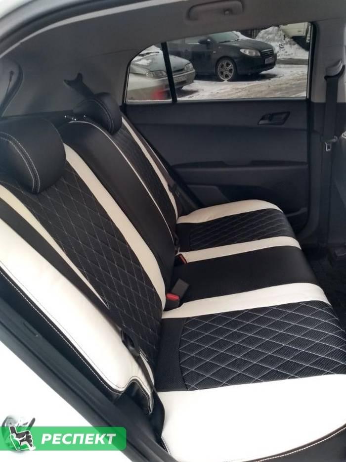 Черно-белые авточехлы из экокожи на Hyundai Creta 2018г. с дизайном 'ромбы' и двойной декоративной строчкой производства Респект