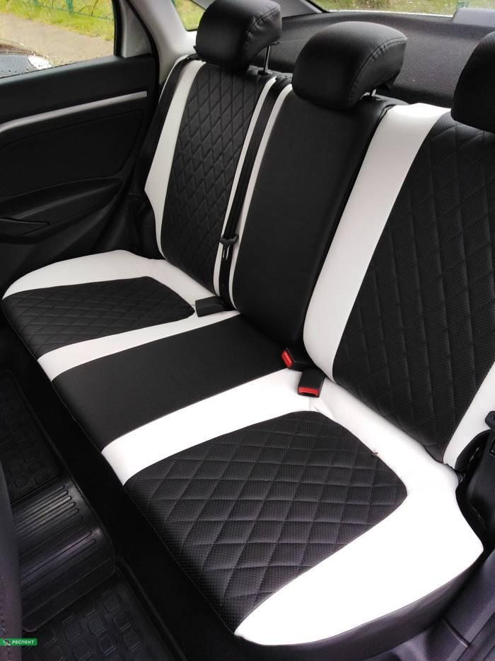 Черно-белые авточехлы из экокожи на Lada Vesta 2019г. с дизайном 'ромбы' без декоративных строчек производства Респект