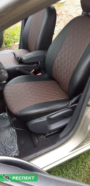 Черно-тёмнокоричневые авточехлы из экокожи на Renault Logan 2016г. с дизайном 'ромбы' и двойной декоративной строчкой коричневыми нитками производства Респект